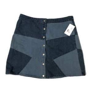 NWT Loveriche | large | Patch Denim Skirt